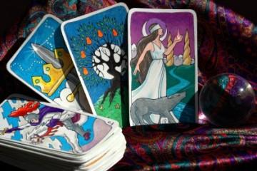 מעגל קלפים וקריסטלים